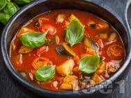 Зеленчукова супа от рататуй с тиквички и патладжани и сирене камамбер